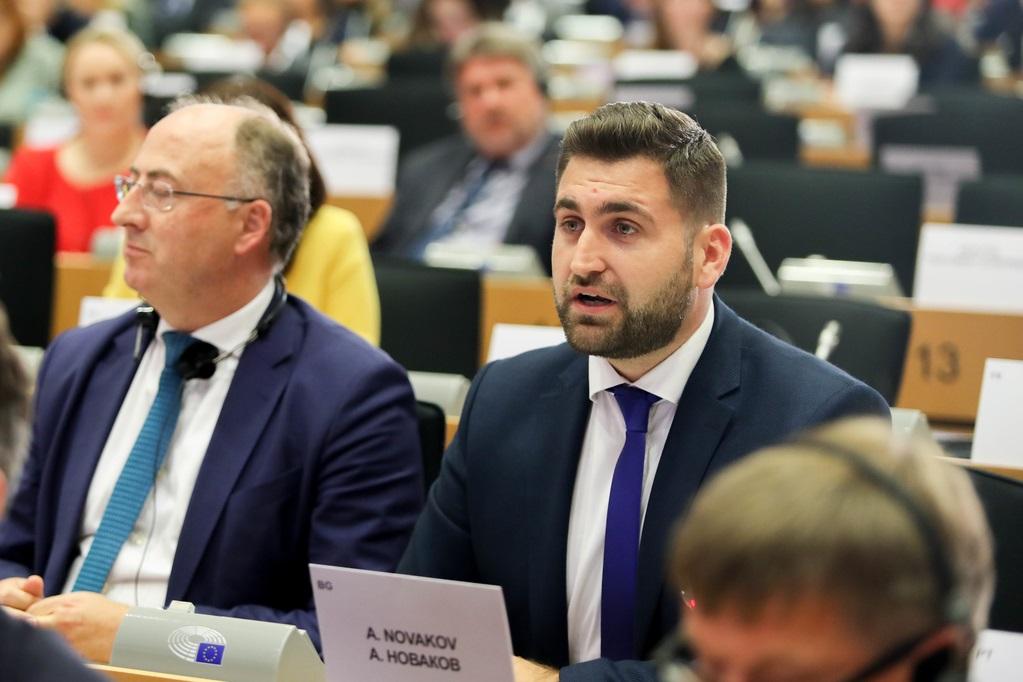 Андрей Новаков сезира ЕК за липсващи санитарни условия за шофьорите на товарни камиони в Европа
