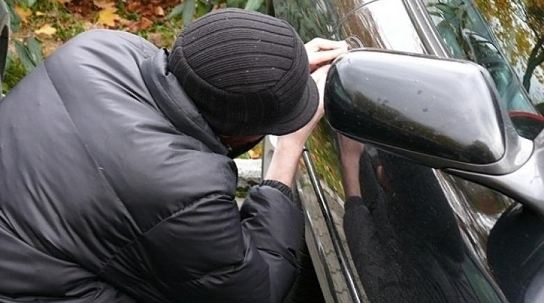 Мъж задигна кола, защото… неговата се развалила