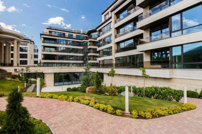 Български IT-та купуват къщи до София за €800 000
