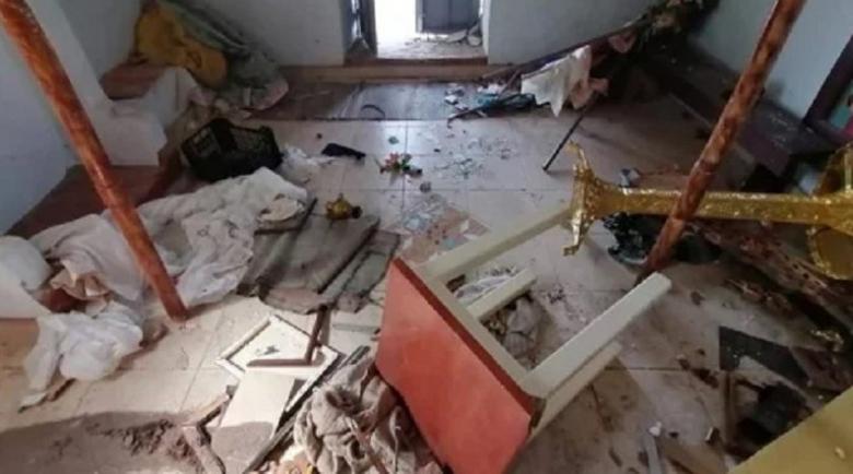 Отвратително! Бежанци се погавриха с православен храм в Лесбос
