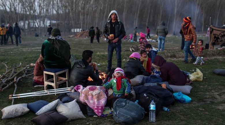 Сириец: Гръцката полиция бие мигрантите на границата