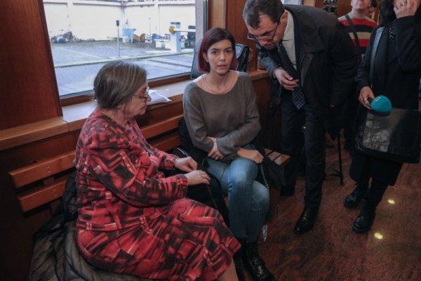 Ива Софиянска в съда заради съпруга си Антон Божков