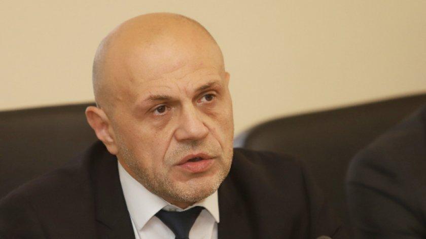 Томислав Дончев: Най-тежкият натиск на пандемията ще е през декември