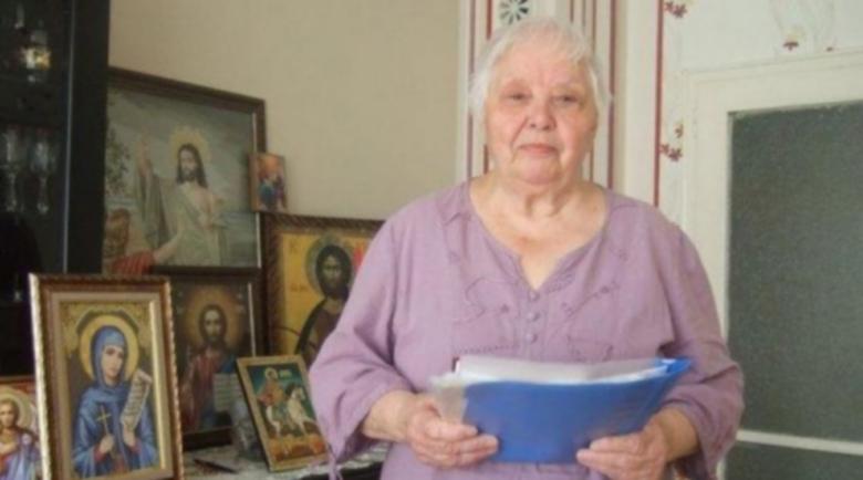Силни биотокове текат по ръцете на лечителката Вера Тодорова