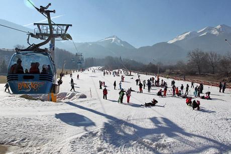 Отменят резервации за ски в Банско заради коронавируса