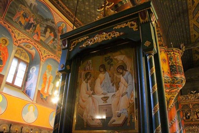Освещават чудотворна икона в Банско