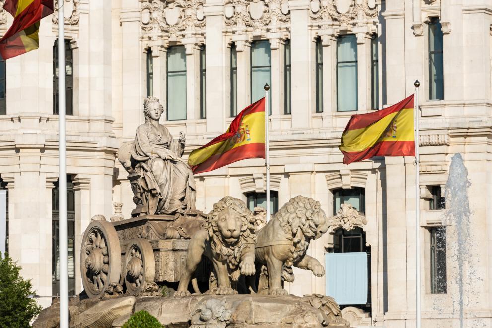 Испания затваря всички хотели