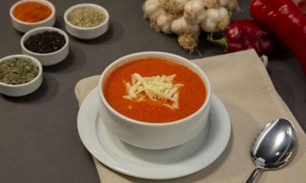 Рецептата за днес: Доматена супа с пармезан