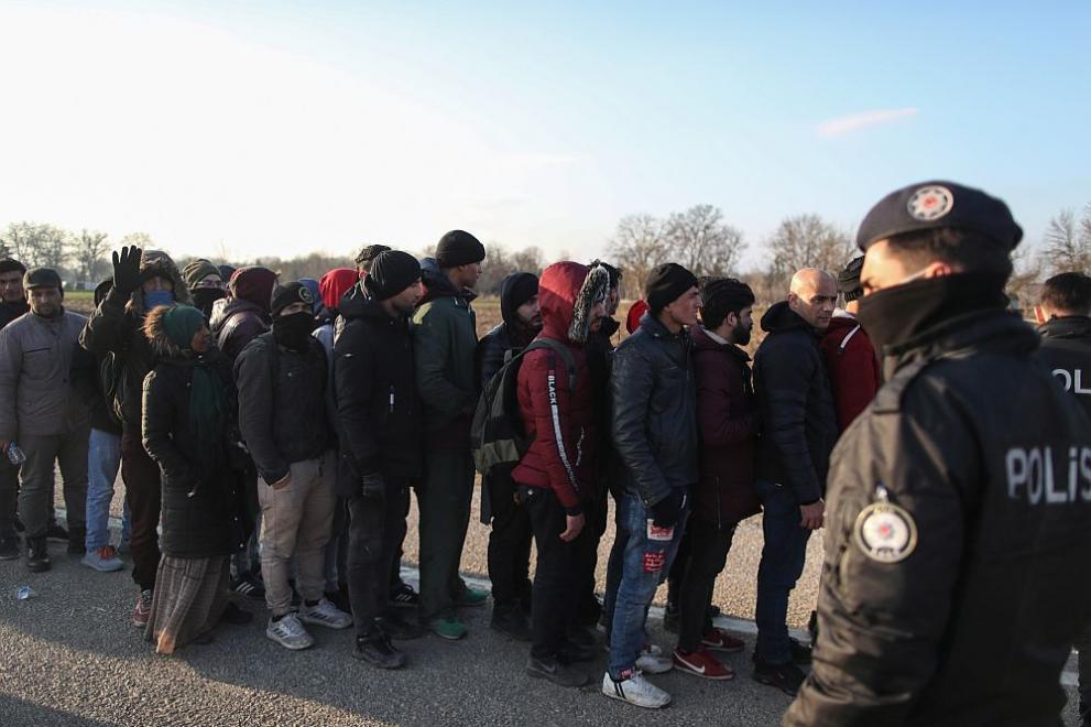 Гърция залови фалшив хандбален отбор от мигранти с бг паспорти