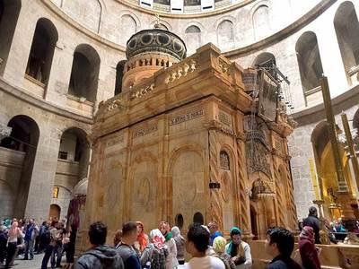 Затвориха всички храмове във Витлеем заради коронавируса