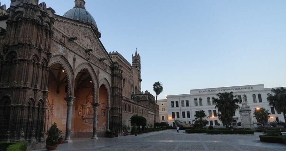 Пътуването по суша от Италия до България вече е блокирано