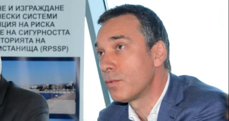 Обмисля се затварянето на Бургас, кметът Димитър Николов обяви София за рискова дестинация
