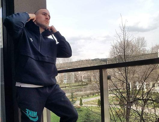"""Грък в """"Пирин"""" предпочете изолацията в Благоевград"""