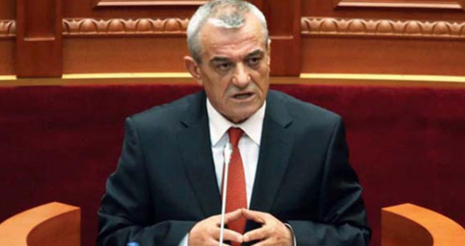 Албанските депутати намалиха заплатите си наполовина