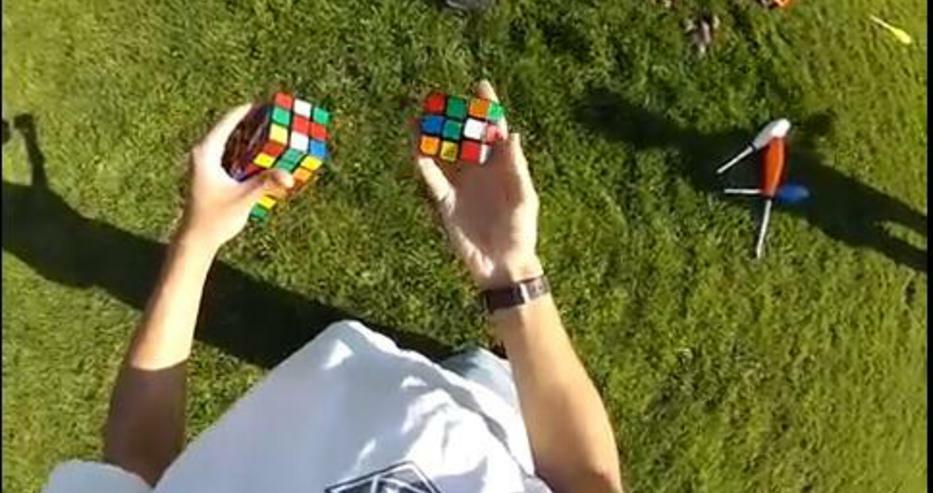 Кипърски ученик подобри световен рекорд за кубче на Рубик