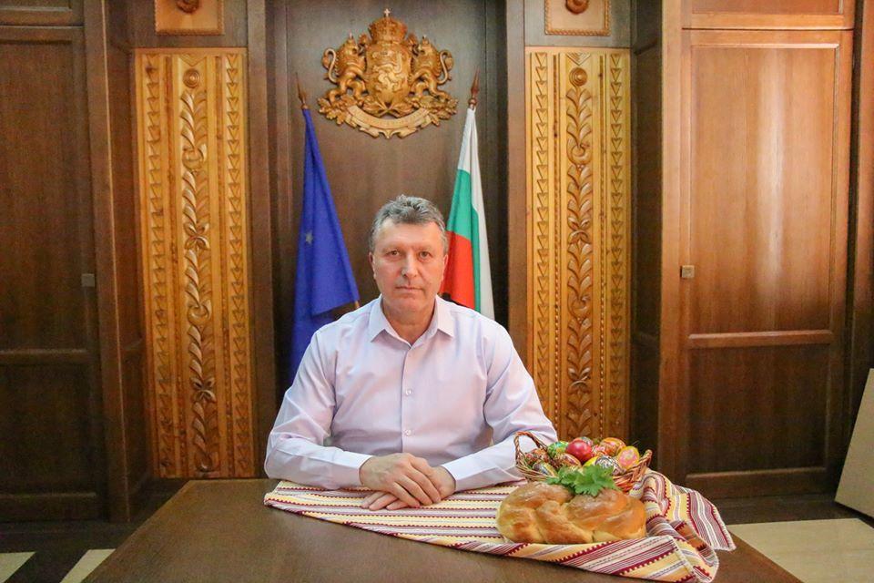 Кметът на Банско иска 2 млн. лв. помощ заради кризата и безработицата