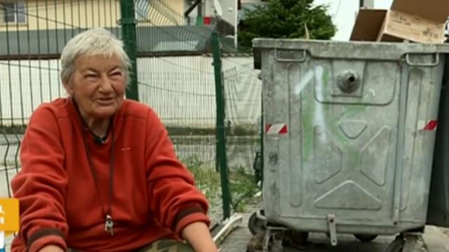 Имотна измама прати на улицата възрастна жена