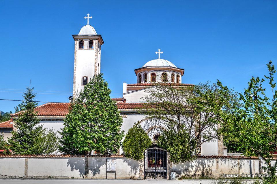 Утре черквата в с. Струмяни отбелязва своя храмов празник