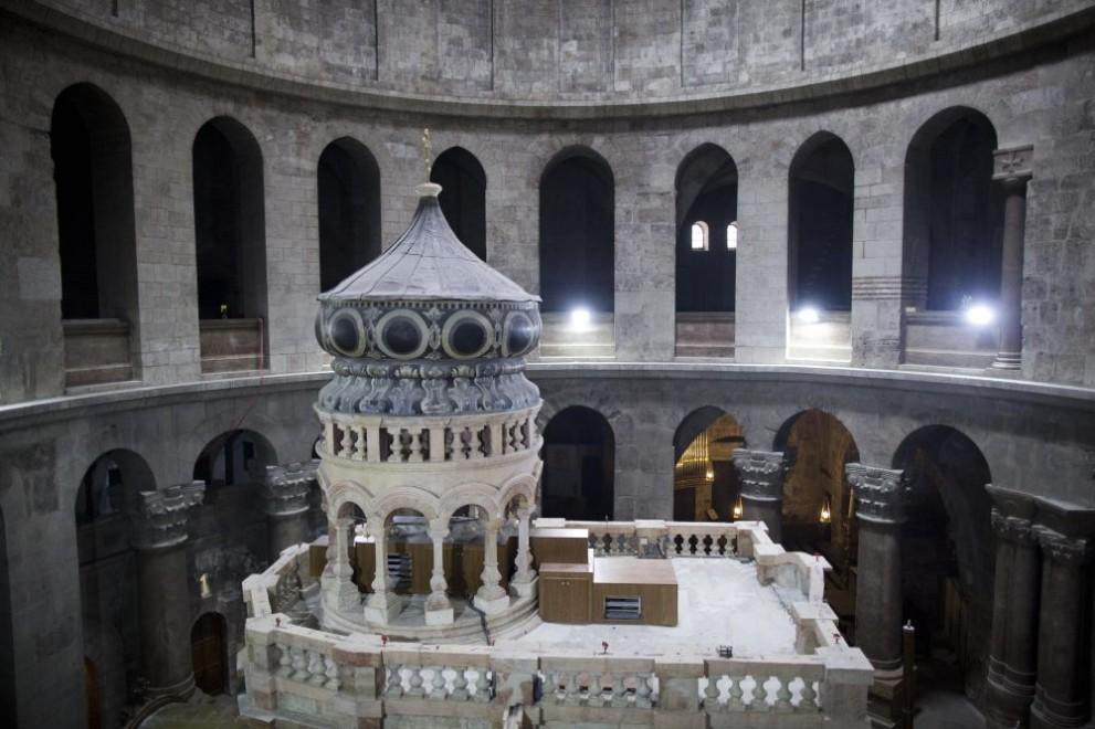 Църквата на Божи гроб отваря врати