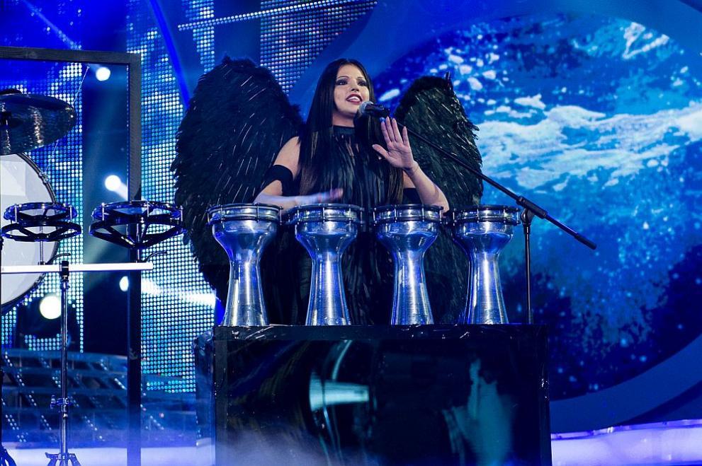 Dara спечели зрителите с ритмите на Елица и Стунджи
