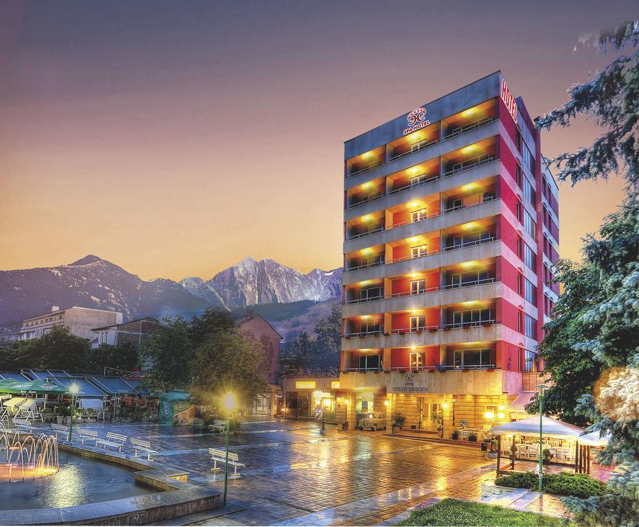 Хотелите в Сандански се готвят да отворят врати при строги мерки