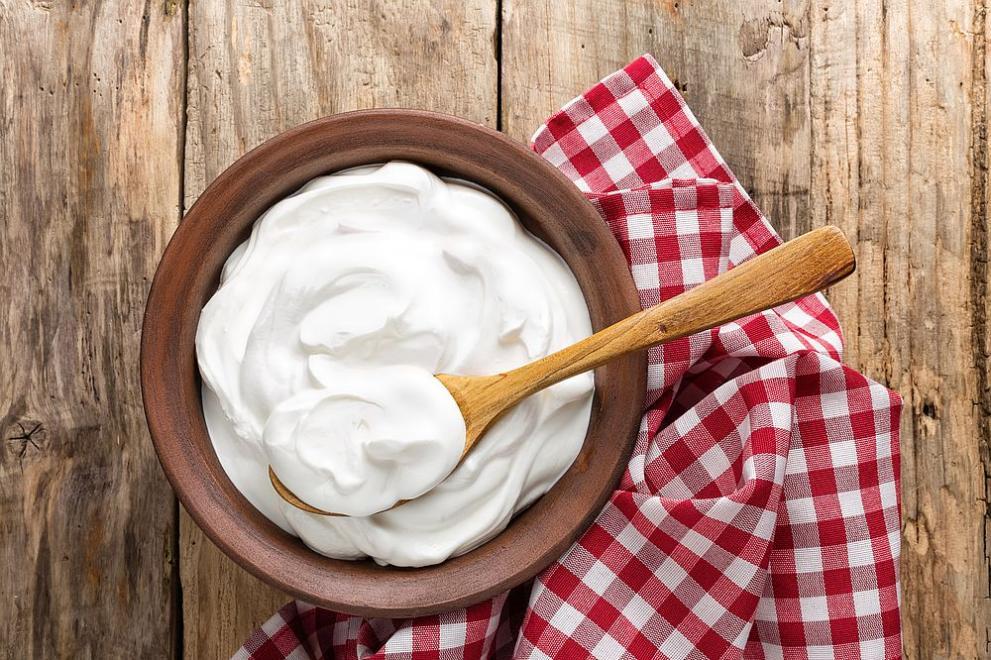 Учени: Киселото мляко е спасило българите от коронавируса
