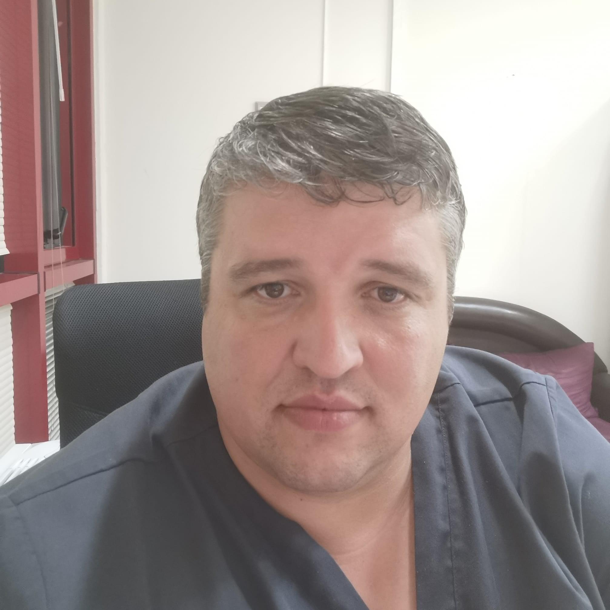 Трагедия! Издъхна уважавания д-р Емил Вакльов от COVID-19
