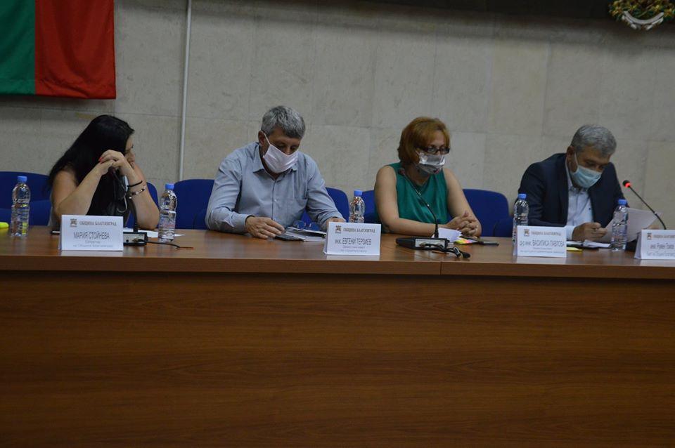 Кризисният щаб на община Благоевград с конкретни мерки във връзка с епидемичната обстановка