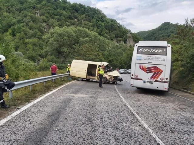 Тежка катастрофа на пътя Банско – Гоце Делчев край Места
