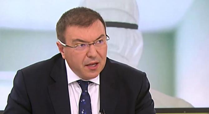Проф. д-р Ангелов: Разкриваме координационен център за линейки с пациенти с COVID-19