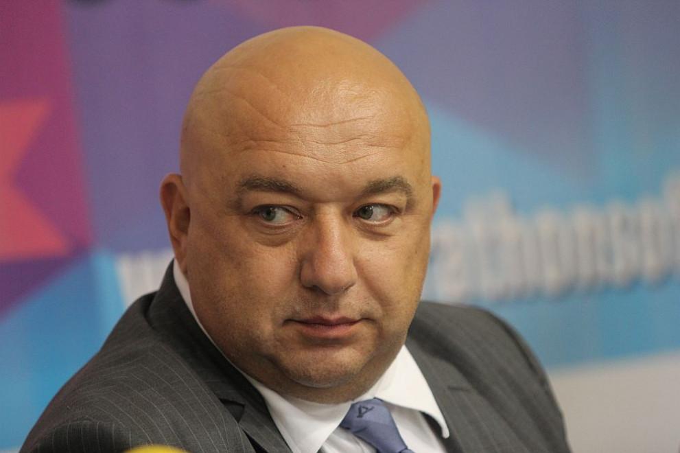 Министърът на младежта и спорта Красен Кралев е дал положителна проба за коронавирус