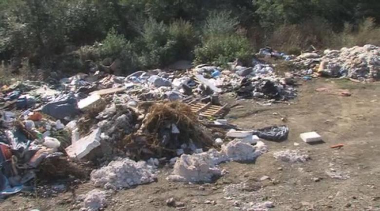 Откриха второ незаконно сметище край Невестино