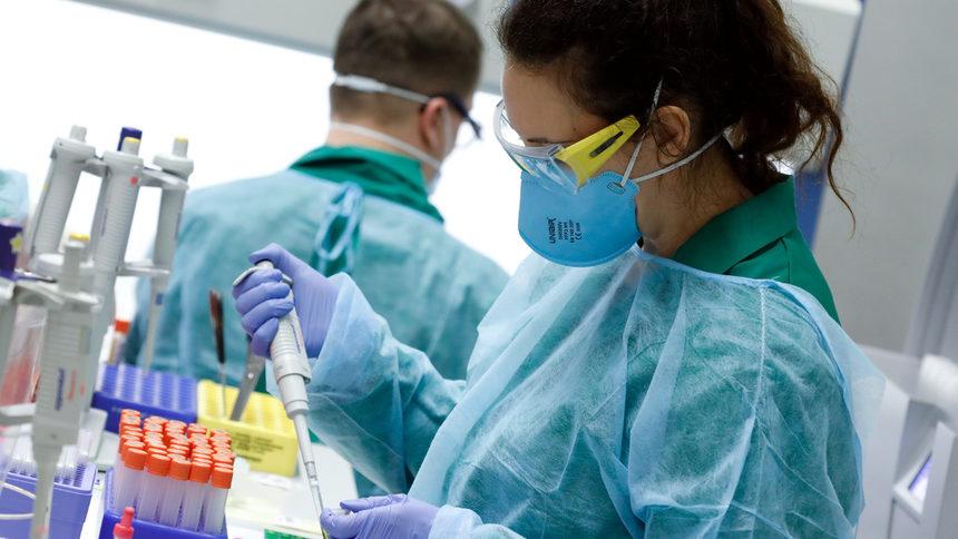 Националната информационна система: 90 нови случая с коронавирус, три жертви