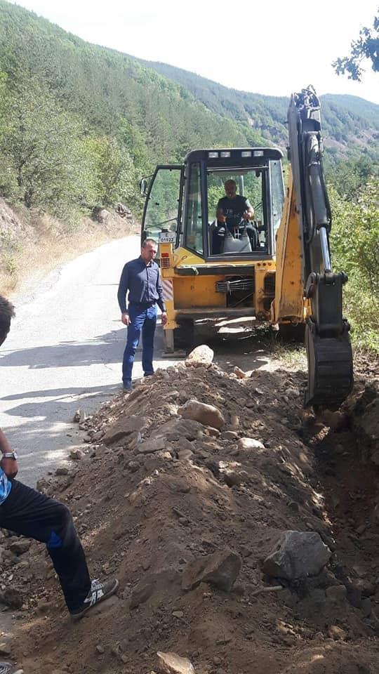 Текат ударни ремонти на уличната мрежа в общинският център – Белица