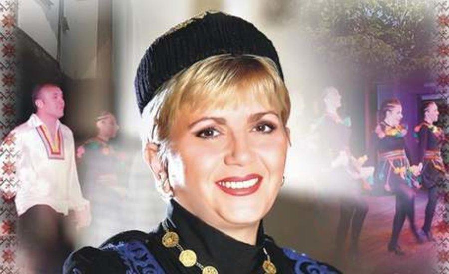 Николина Чакърдъкова празнува рожден ден