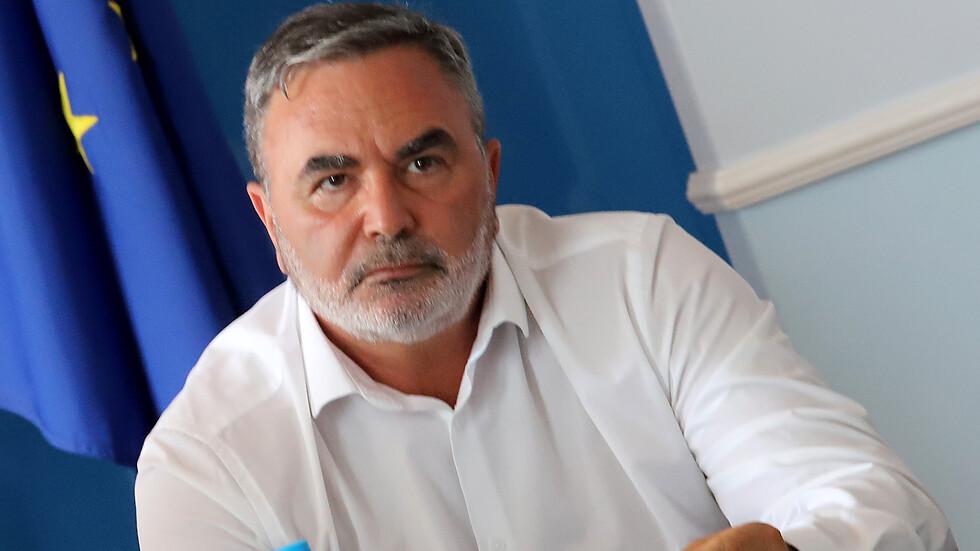 Кунчев ще поиска удължаване на извънредната обстановка с два месеца