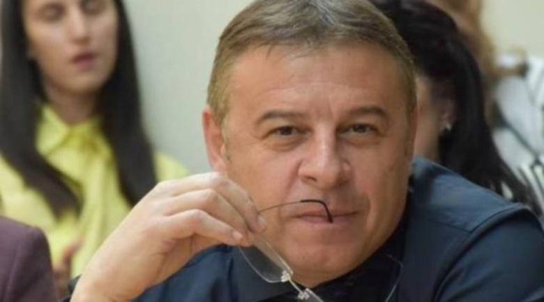 Бившият кмет на Благоевград д-р Атанас Камбитов се отказа от ГЕРБ без да посочва мотиви