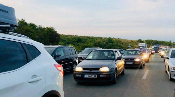 Очаква се засилен трафик в последния почивен ден