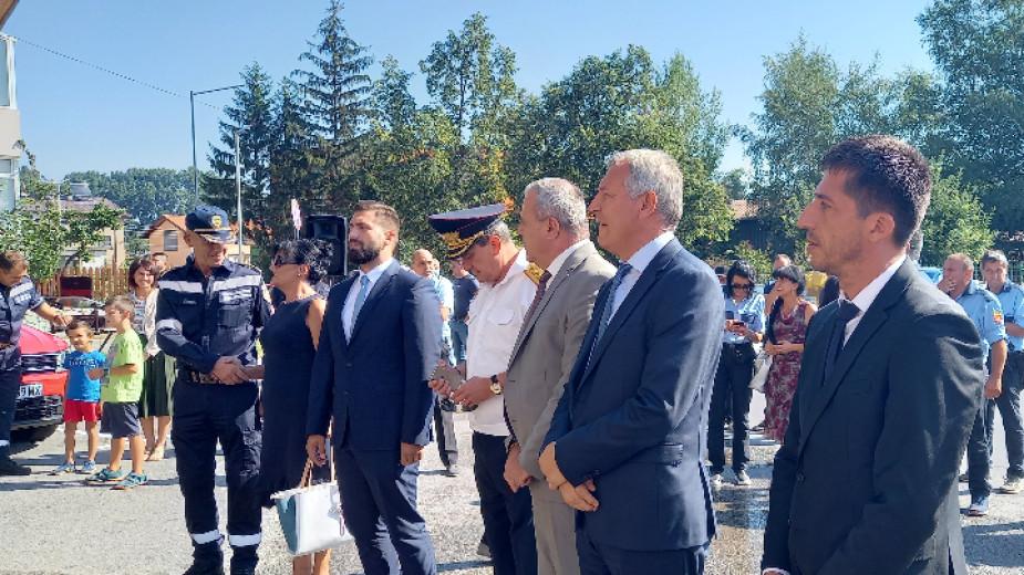 Откриха ремонтираните сгради на полицията и пожарната в Разлог
