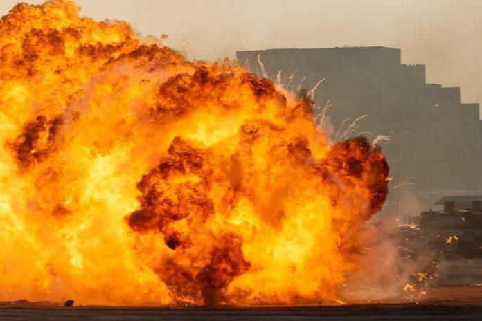 Комин подпали къща в Огняново