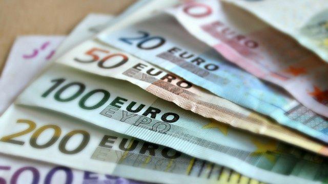 Започна изплащането на 300 евро за всяко дете в Германия