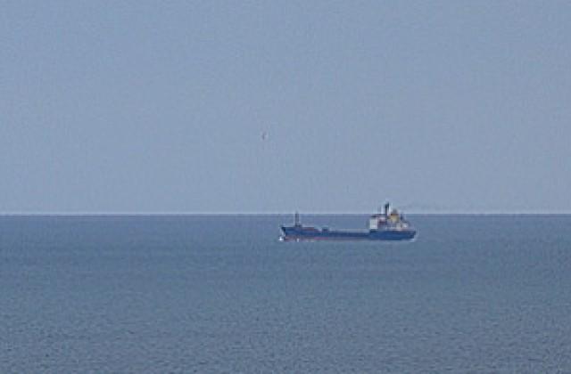 Руски танкер експлодира в Азовско море, трима моряци са в неизвестност