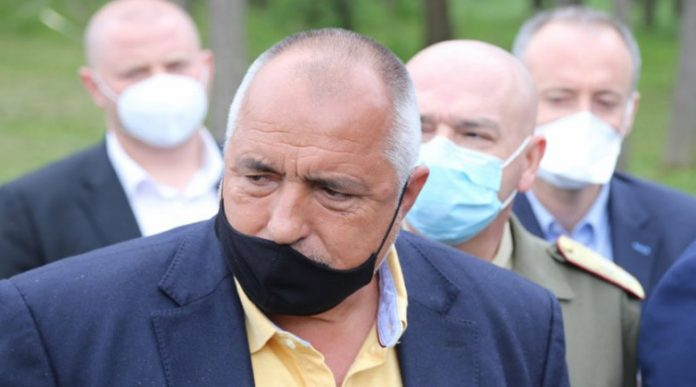 """Болният Бойко Борисов във фейсбук: """"Коронавирусът се завърна с нова сила. Да, вирусът е силен"""""""