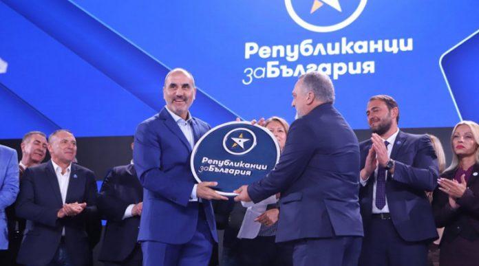 Цветанов настъпва – привлече и шеф на общински съвет