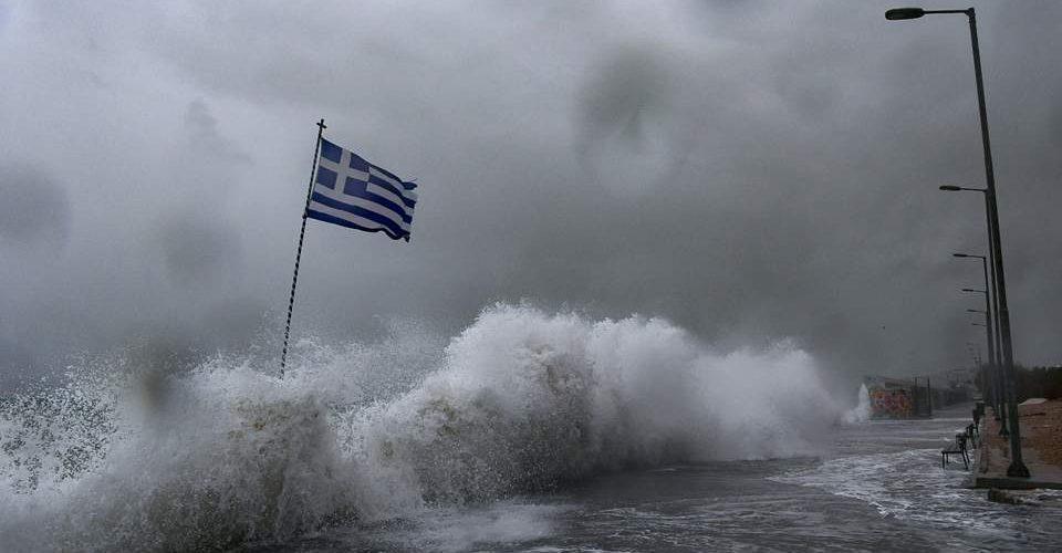 """Настъпва циклона """"Кирки"""" в Гърция"""