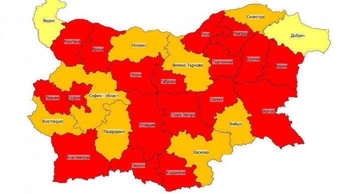 Картата на България пламна в червено от COVID-19