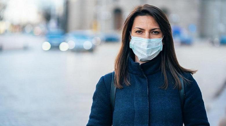 Глобиха 1200 души за неносене на маски в Гърция