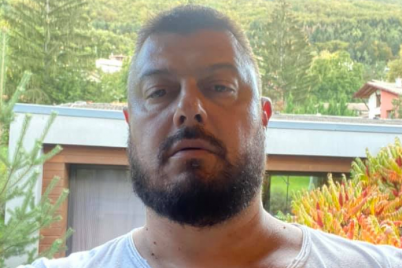 Бареков: Лекувам се от Ковид вкъщи