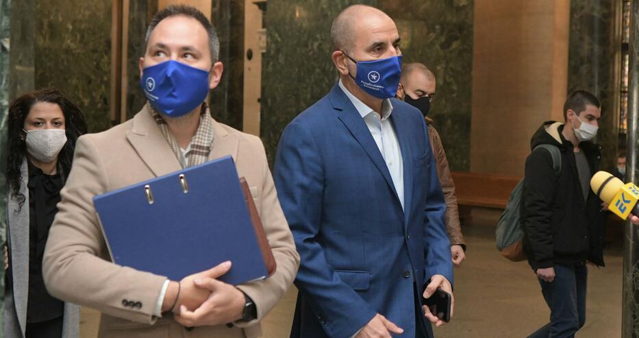 """СГС разпореди """"Републиканци за България"""" да бъде вписана в регистъра на политическите партии"""
