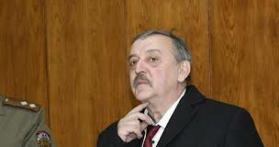 Тодор Кантарджиев: И на мен ми е неприятна маската, защото ме дразни, задушава ме